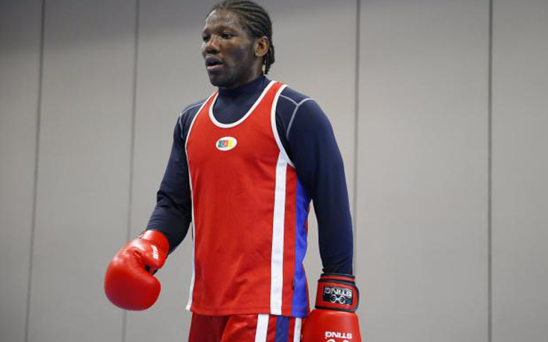 Boxe : Hassan Ndam à New York pour affronter Smith