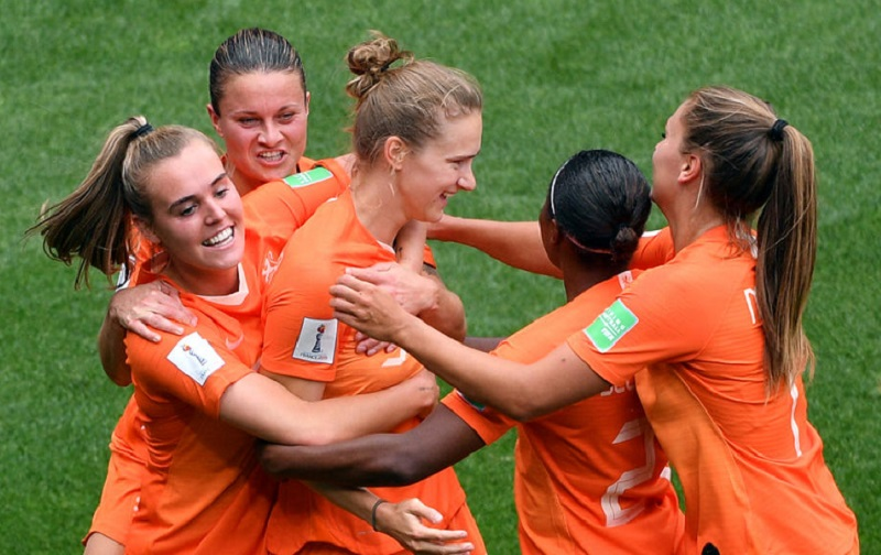 Coupe du monde (Ff) : La Hollande file en finale